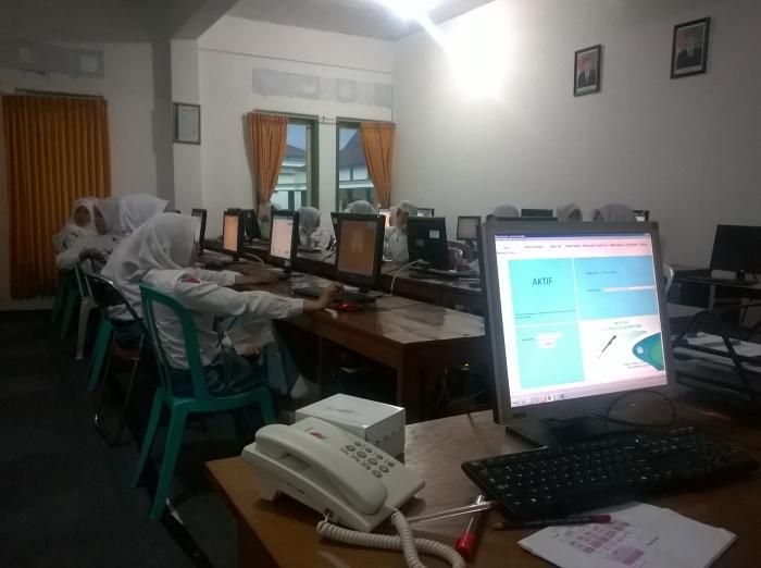Pelaksanaan UNBK tahun 2016 di lab. KKPI SMK Cendika Bangsa Kepanjen