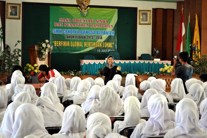 puasa-ramadhan-profauna-aktif-berkunjung-ke-sekolah-sekolah-20130717